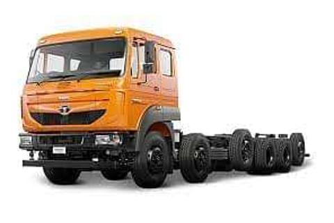 Tata SIGNA 4925.T Truck