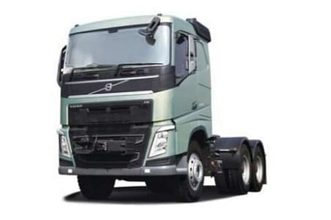 Volvo FH 6x4 Puller Truck