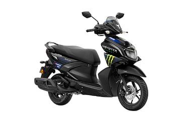 Yamaha RayZR 125 Fi-Hybrid scooter