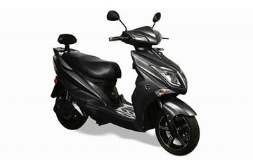 Poise NX 120 scooter