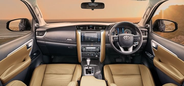 toyota fortuner dashboard