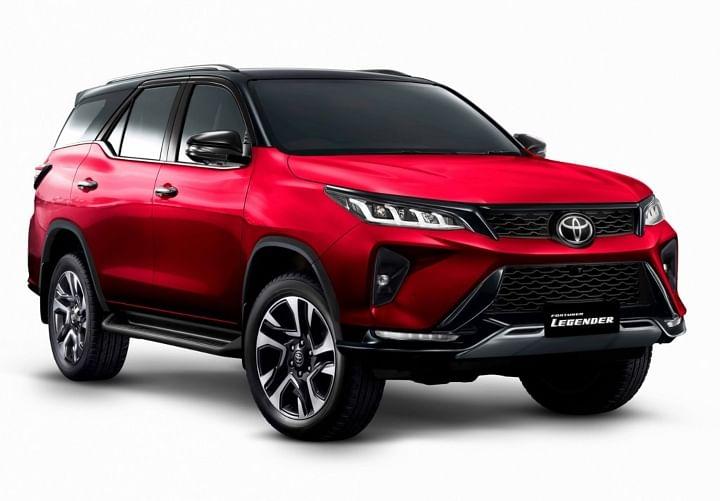 2021 Toyota Fortuner Legender Spied