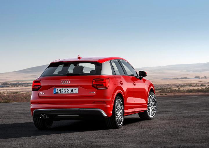 Audi Q2 Vs BMW X1 images