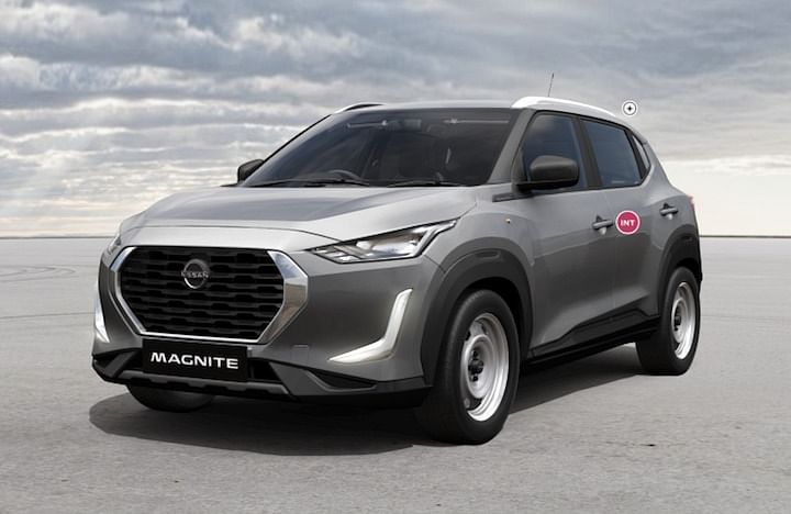 2021 Nissan Magnite XE vs Maruti Suzuki Baleno BS6 Sigma Base Model