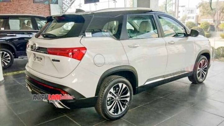 2021 MG Hector Facelift BS6 Spied at Dealership