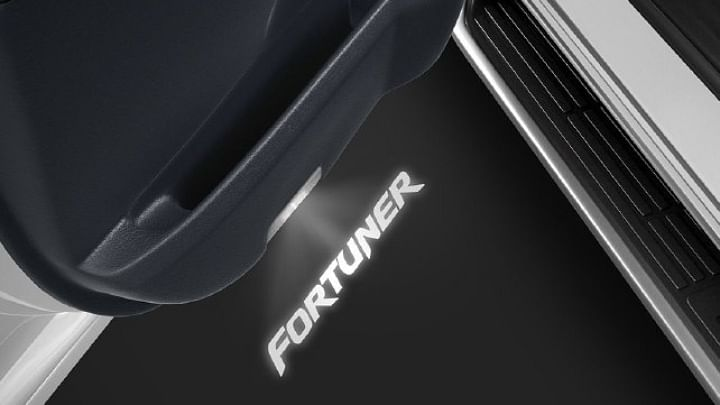 2021 Toyota Fortuner Accessories Image