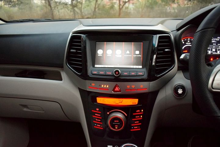 touchscreen infotainment system