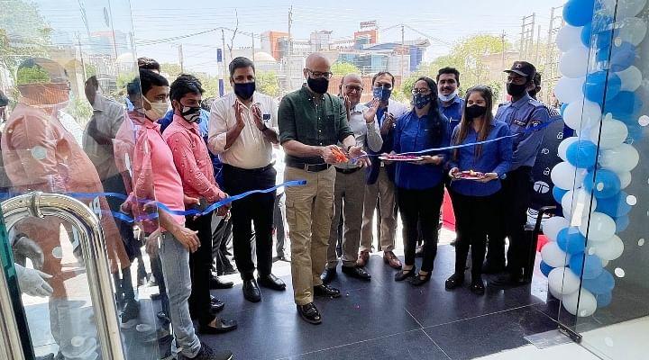 Tata Motors 10 New showrooms Delhi