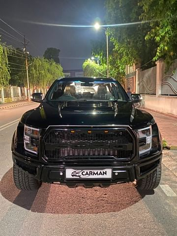 Ford Endeavour Modified into Raptor - Front