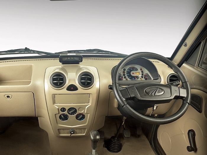 Mahindra Supro Profit Truck interior