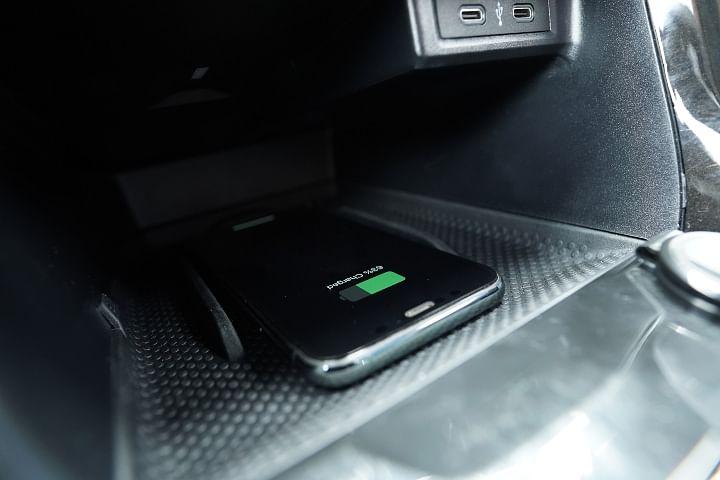 Skoda Kushaq Wireless Charging