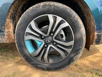 2021 tata tigor ev review images hyperstyle wheels