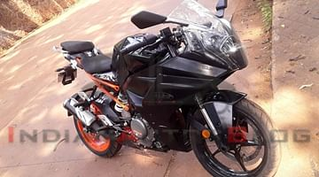 New 2021 KTM RC 390 Spied in India For The First Time Ever - Launch Soon?